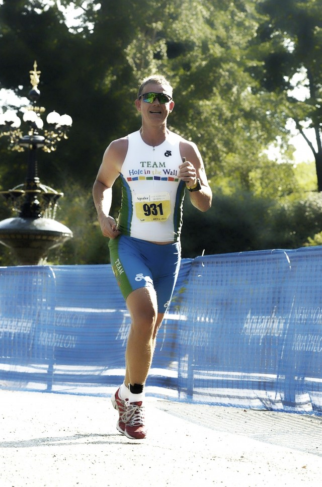 Mikkel Pitzner Competing In The 2012 New York City Triathlon Run Leg